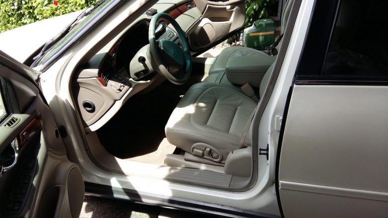 ein schöner Cadillac Sitz